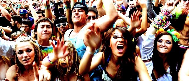 teen-crowd